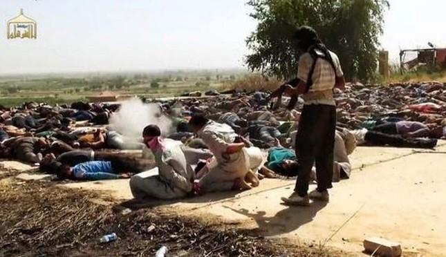 Tội ác ghê tởm của IS: Thảm sát 600 người, bắt cóc 600 thường dân Palmyra - anh 3