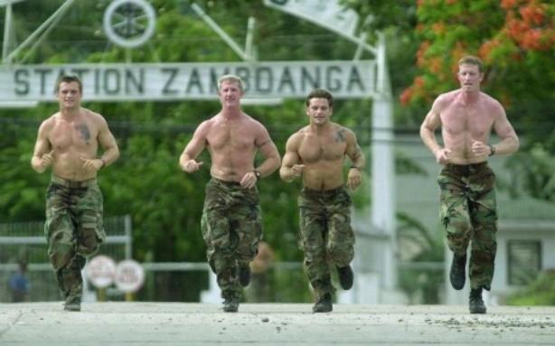 Khóa đào tạo 'địa ngục' của biệt kích quân Mỹ Navy SEALs [Infographics] - anh 4