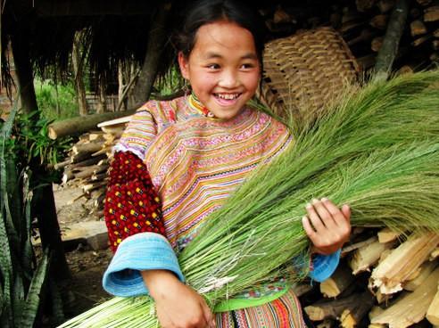 Ấm áp những nụ cười trẻ thơ Việt Nam - anh 1