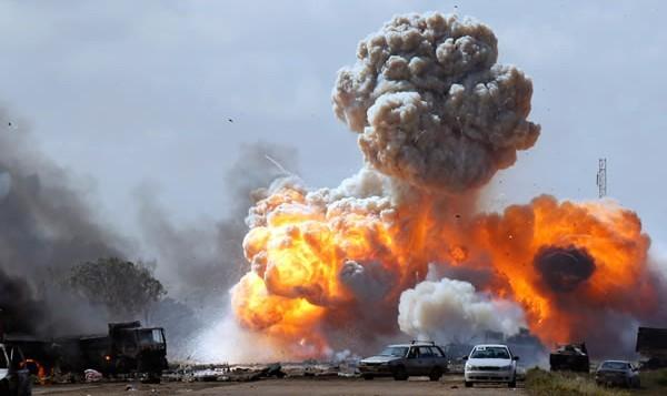 Hơn 10.000 phần tử khủng bố IS bị tiêu diệt vì bom Mỹ - anh 2