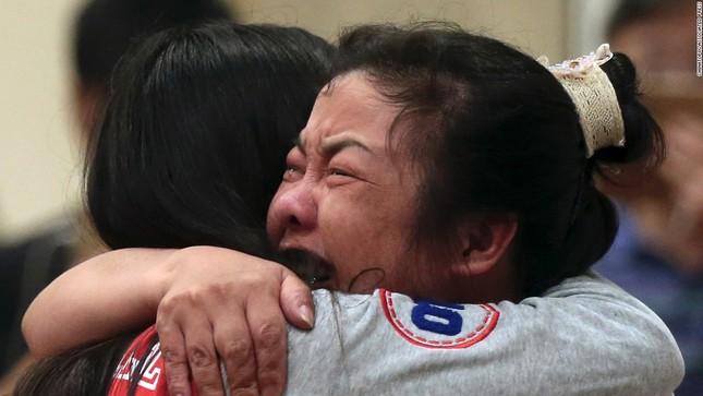 Báo Mỹ: Trung Quốc ém nhẹm vụ tàu chở 458 người bị chìm, nhiều nghi vấn xuất hiện? - anh 2