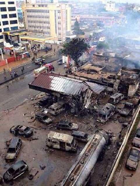 Ghana: Hơn 200 người chết vì nổ trạm xăng, chính phủ tổ chức quốc tang 3 ngày - anh 2