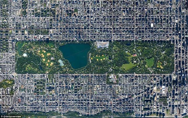 Ngắm những 'kiệt tác tự nhiên' của Trái đất nhìn từ không gian - anh 4