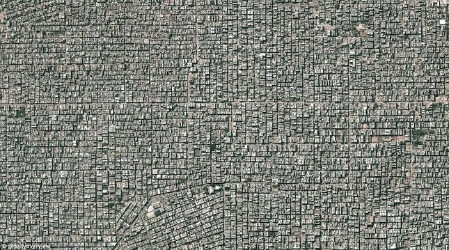 Ngắm những 'kiệt tác tự nhiên' của Trái đất nhìn từ không gian - anh 8