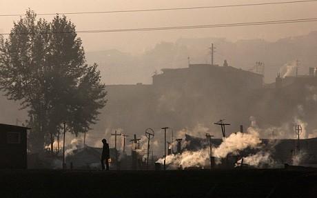 Triều Tiên hạ lệnh phá hủy 10.000 ngôi nhà gần biên giới Trung Quốc - anh 1