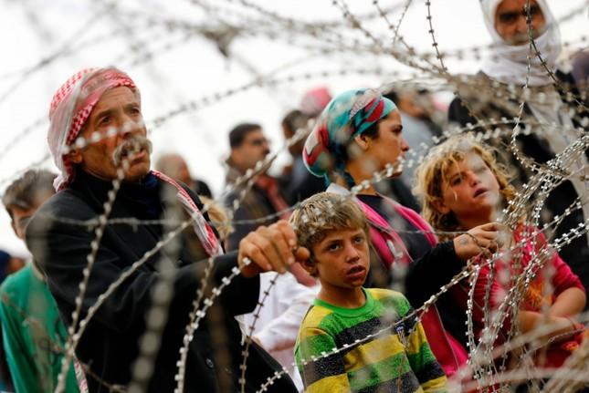 'Sứ mệnh thầm lặng' của những chiến binh phơi bày tội ác IS - anh 2