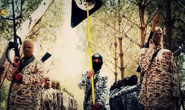 Thâm nhập trại huấn luyện phần tử khủng bố dành cho trẻ em của IS [Video] - anh 1