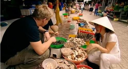 Đầu bếp lừng danh chọn món ăn Việt trong cuộc thi Master Chef - anh 4