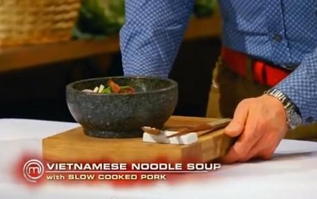 Đầu bếp lừng danh chọn món ăn Việt trong cuộc thi Master Chef - anh 3
