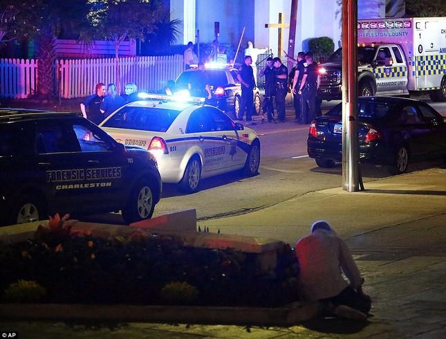 Toàn cảnh vụ xả súng điên cuồng tại nhà thờ Mỹ, 9 người chết - anh 10