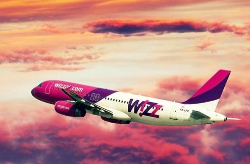 Vietnam Airlines lọt top 20 hãng hàng không 'sặc sỡ' nhất thế giới - anh 20