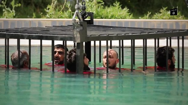 Những kiểu hành quyết con tin mới, dã man của khủng bố IS - anh 2