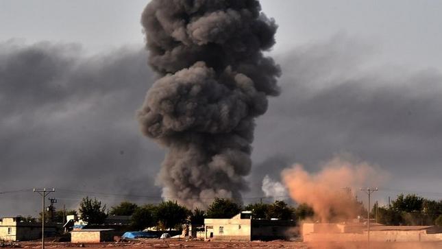 Thị trấn Syria rơi vào tay IS, thảm kịch đẫm máu liên tiếp xảy ra - anh 2
