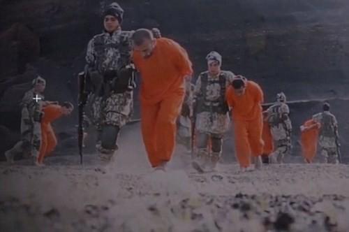 Khủng bố IS thẳng tay chặt đầu 12 phần tử Al-Qaeda - anh 2