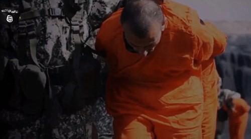 Khủng bố IS thẳng tay chặt đầu 12 phần tử Al-Qaeda - anh 3