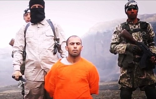 Khủng bố IS thẳng tay chặt đầu 12 phần tử Al-Qaeda - anh 4