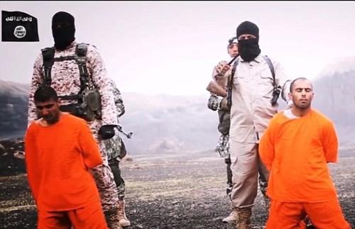 Khủng bố IS thẳng tay chặt đầu 12 phần tử Al-Qaeda - anh 1