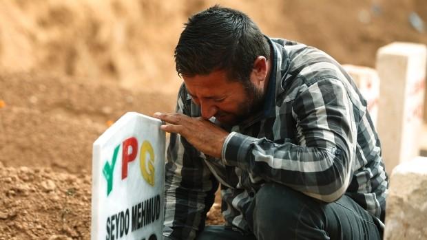 Thị trấn Syria rơi vào tay IS, thảm kịch đẫm máu liên tiếp xảy ra - anh 5