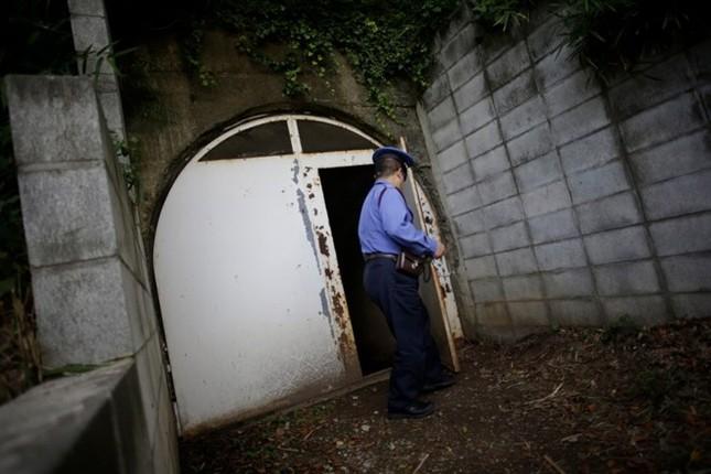 Bí mật về căn hầm tối của Hải quân Nhật thời Thế chiến 2 - anh 2