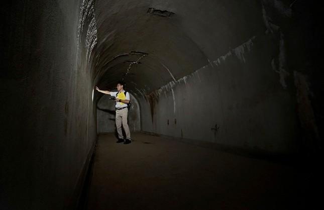 Bí mật về căn hầm tối của Hải quân Nhật thời Thế chiến 2 - anh 4