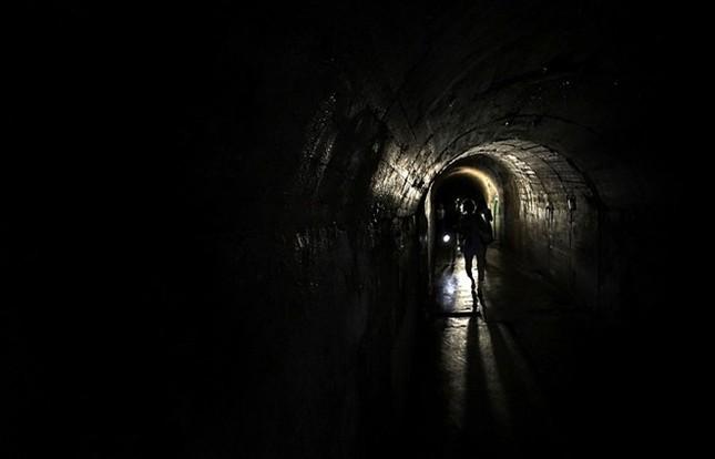 Bí mật về căn hầm tối của Hải quân Nhật thời Thế chiến 2 - anh 7