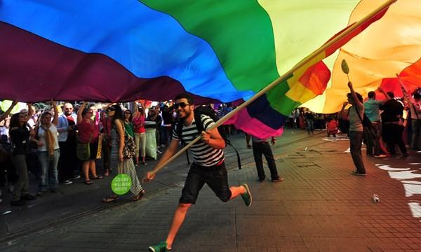Mỹ hợp pháp hóa hôn nhân đồng giới trên toàn liên bang - anh 2