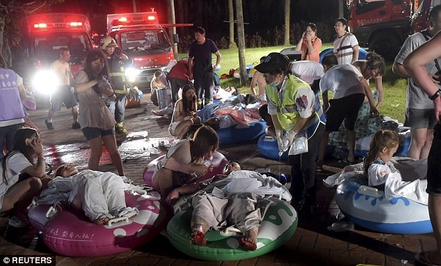 Đêm lễ hội kinh hoàng tại Đài Loan: Gần 500 người bị bỏng nặng - anh 3