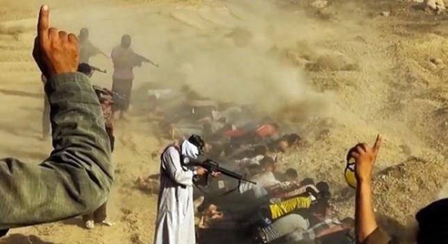 Tội ác ghê tởm của khủng bố IS: Tàn sát hơn 3.000 người Syria - anh 1