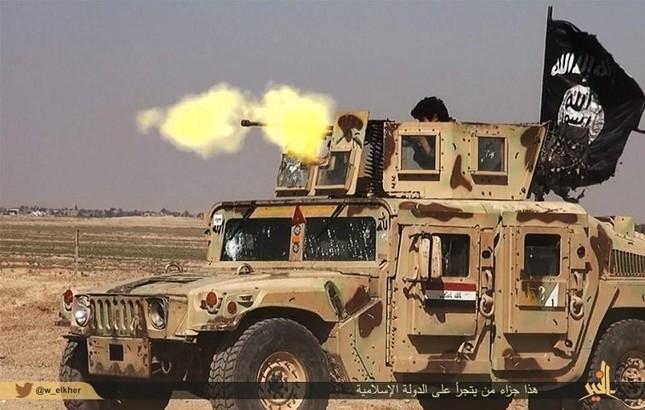 Tội ác ghê tởm của khủng bố IS: Tàn sát hơn 3.000 người Syria - anh 3