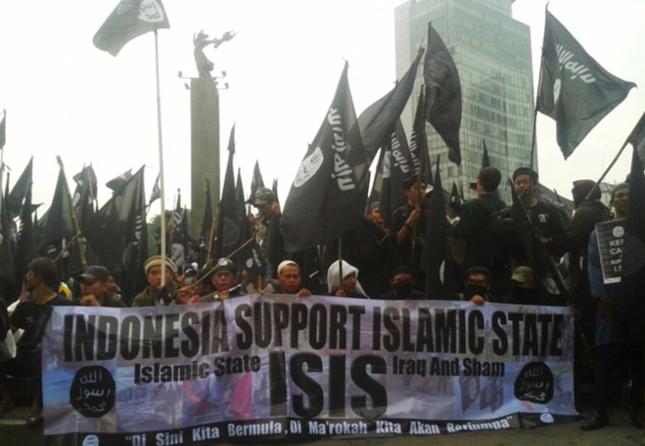 Khủng bố IS âm mưu 'tắm máu' phương Tây trong tháng Ramanda - anh 2