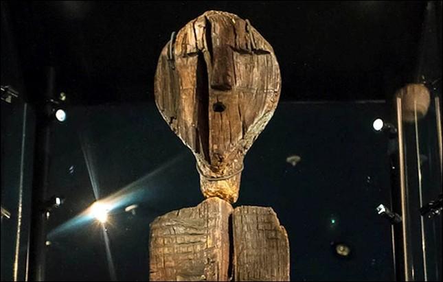Bí mật của Shigir - Bức tượng gỗ lâu đời nhất trên thế giới - anh 1