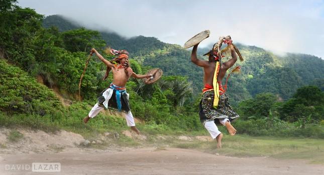 Khám phá đảo quốc Indonesia qua 18 bức ảnh của nhiếp ảnh gia hàng đầu thế giới - anh 1