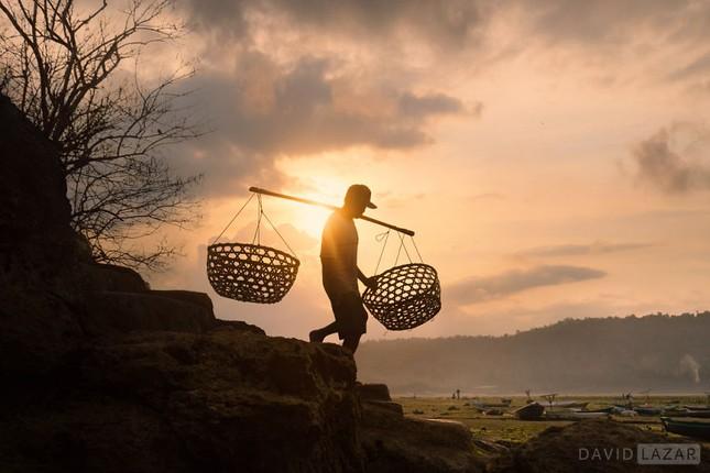 Khám phá đảo quốc Indonesia qua 18 bức ảnh của nhiếp ảnh gia hàng đầu thế giới - anh 5