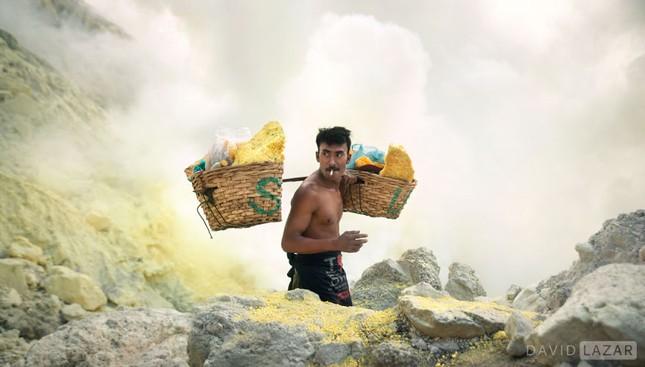 Khám phá đảo quốc Indonesia qua 18 bức ảnh của nhiếp ảnh gia hàng đầu thế giới - anh 7