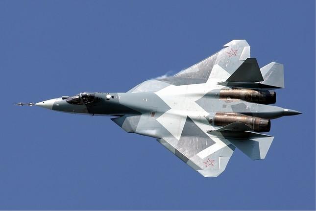 """Khám phá sức mạnh """"đại bàng sắt"""" Su T-50 của Nga - anh 2"""