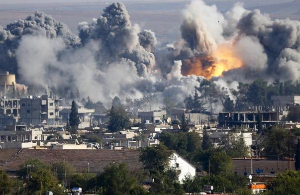 Khủng bố IS tan tác sau 16 cuộc không kích dữ dội của liên quân - anh 1