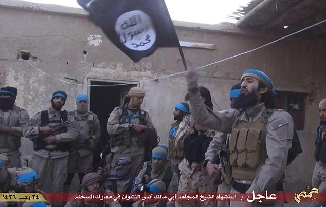 'Thế giới ngầm' tàn bạo của Đội đặc nhiệm IS - anh 1