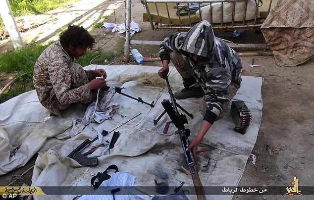 'Thế giới ngầm' tàn bạo của Đội đặc nhiệm IS - anh 5