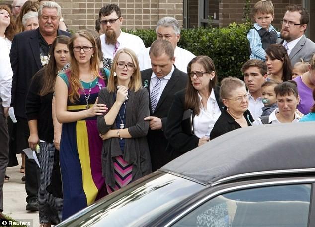 Những vụ thảm sát cả gia đình chấn động thế giới - anh 1