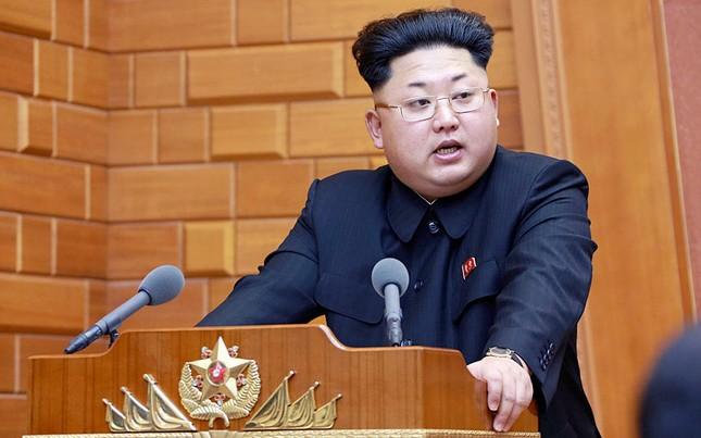 Tình báo Hàn Quốc: Kim Jong-un thẳng tay xử tử 70 quan chức cấp cao Triều Tiên - anh 1