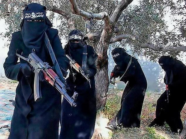 Lữ đoàn nữ Al-Khansa - Cơn ác mộng thực sự của người Syria - anh 2