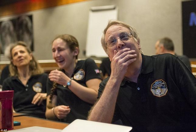 Những hình ảnh mới của sao Diêm Vương: Sứ mệnh 10 năm bay của tàu New Horizons - anh 2