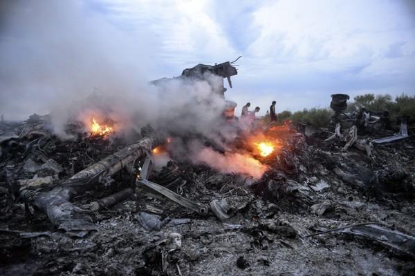 Thảm kịch máy bay MH17: Những dấu mốc sau một năm kinh hoàng - anh 4