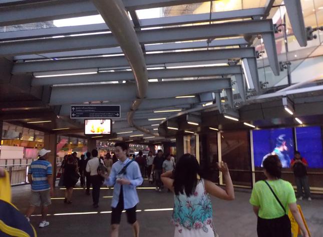 Tình yêu đầu với Bangkok - Một lần và nhớ mãi - anh 3