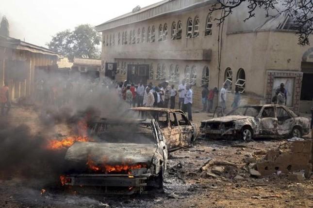 Lời thú tội 'máu lạnh' của kẻ cuồng đánh bom liều chết IS - anh 2