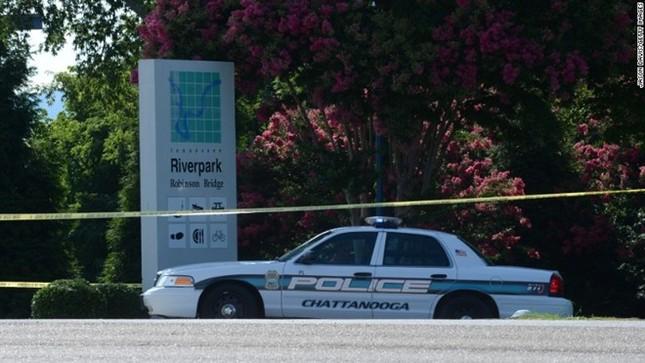 Toàn cảnh Xả súng kinh hoàng tại trung tâm lính thủy Mỹ, 4 người chết - anh 7