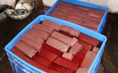 Bê bối thực phẩm: Công nghệ bơm gelatin tăng trọng tôm ở Trung Quốc - anh 3