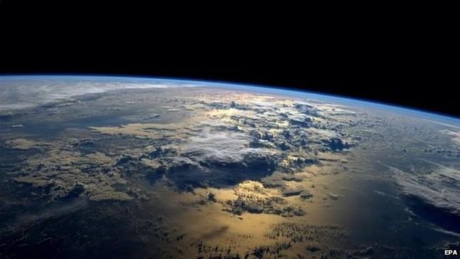 Những hình ảnh tuyệt đẹp của Trái Đất chụp từ trạm vũ trụ ISS - anh 17