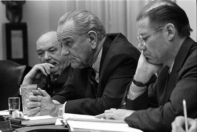 3 lý do khiến Mỹ không dám ném bom nguyên tử xuống Việt Nam - anh 2