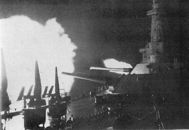 5 trận hải chiến ác liệt nhất trong lịch sử - anh 5